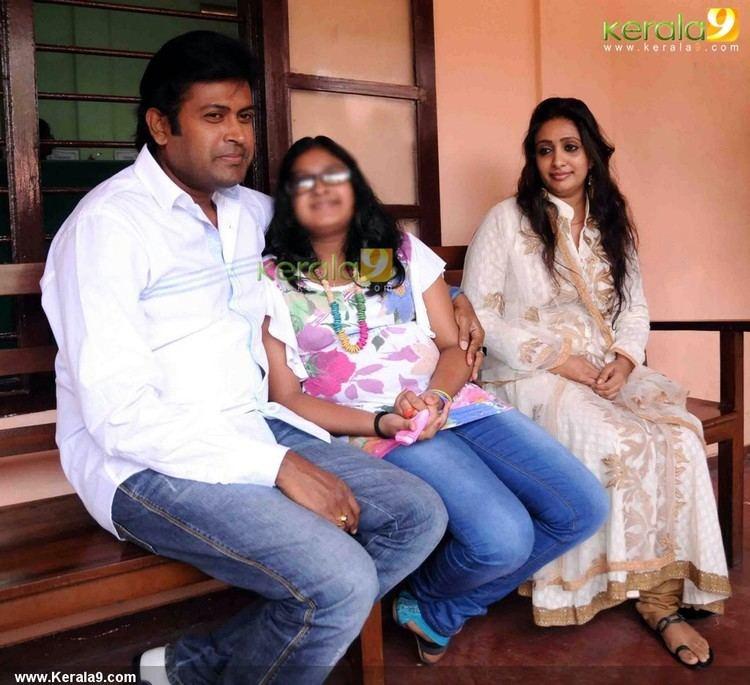 Manoj K. Jayan Manoj K Jayan And Urvashi at Family Court Photos CINEMA Trailers