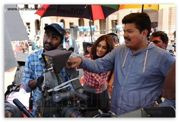 Manoj Paramahamsa Nanban On Location Tamil Event Images Nanban Vijay