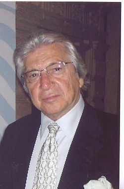 Manuel Alejandro httpsuploadwikimediaorgwikipediacommonsthu