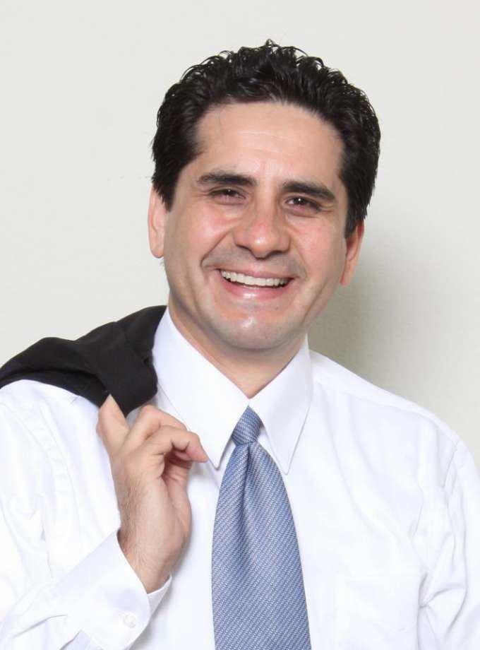 Manuel Medina (politician) The Manuel Medina endorsement that no one wants San Antonio
