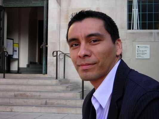 Manuel Muñoz (writer) Chicano author Manuel Munoz to speak at Cal State Long Beach