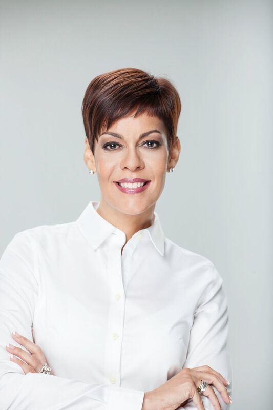 María de Lourdes Santiago MARA DE LOURDES SANTIAGO URGE AL GOBERNADOR A NO CONVERTIR EN LEY