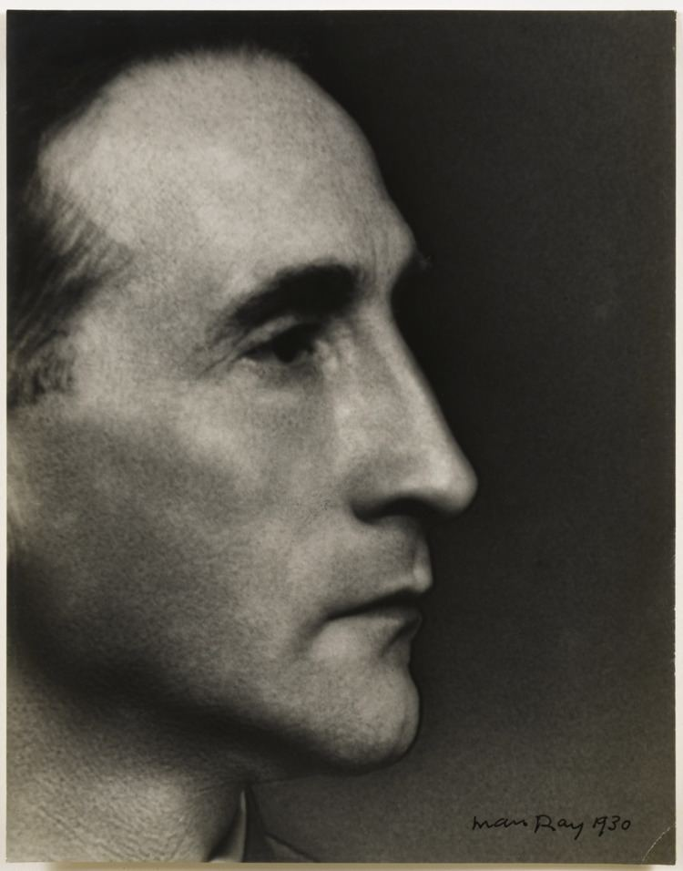 Marcel Duchamp Online Browsing Marcel Duchamp quotI force myself to