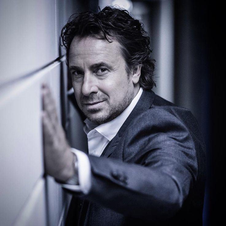 Marco Borsato 76 best Marco Borsato images on Pinterest Dutch Audio and Om