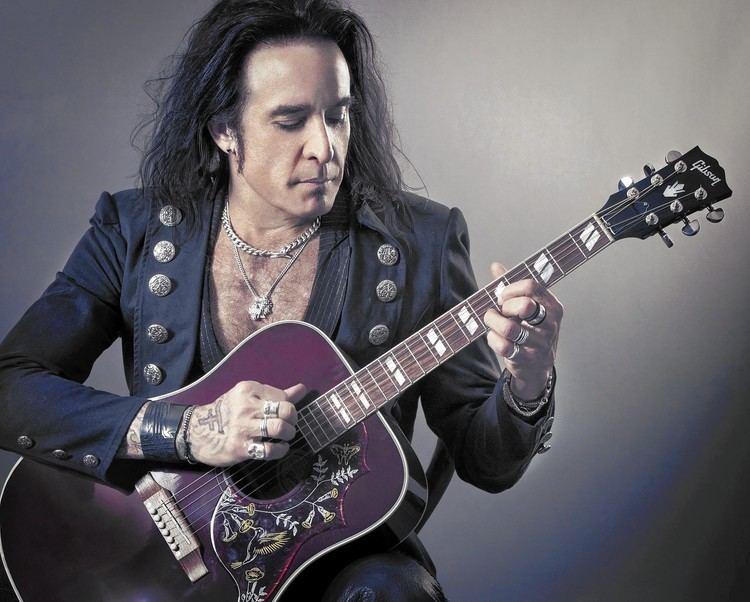 Marco Mendoza Rocker Marco Mendoza39s new life with The Dead Daisies