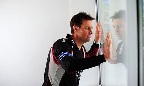 Marcus Trescothick (Cricketer) playing cricket