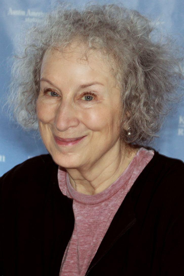 Margaret Atwood httpsuploadwikimediaorgwikipediacommons77