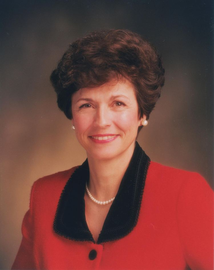 Margaret D. Nadauld Margaret Dyreng Nadauld