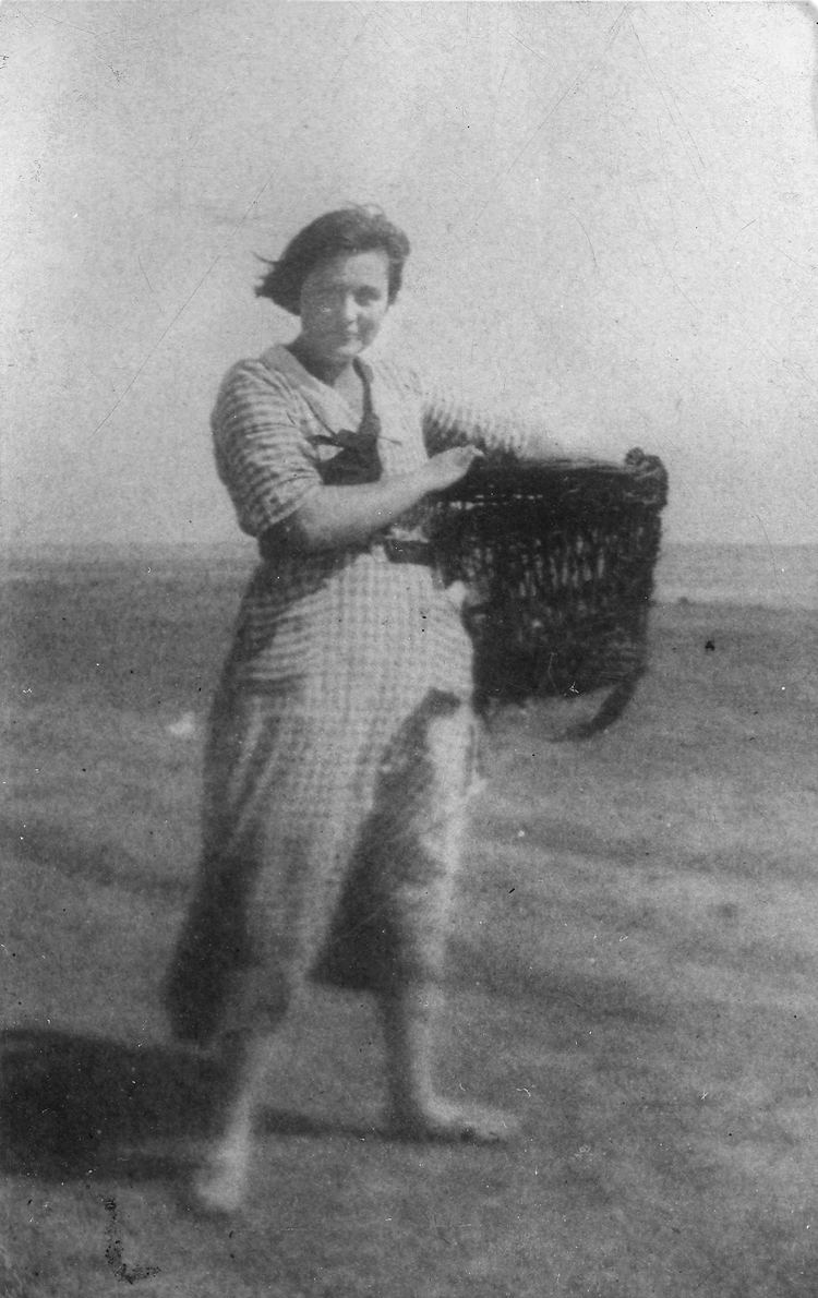 Margery Allingham Margery Allingham in Essex and Suffolk Golden Duck