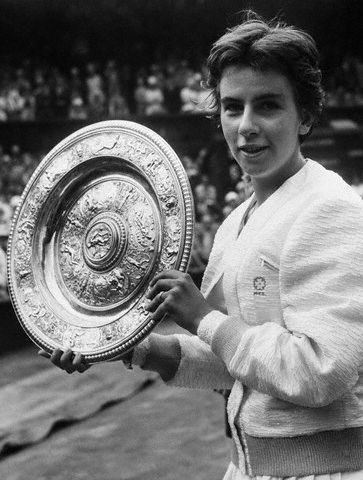 Maria Bueno Wickwoods Country Club Sussex Maria Bueno comes to