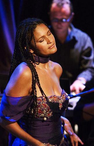 Maria de Barros Maria De Barros Hot Jazz