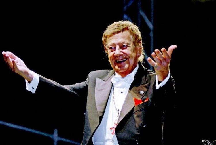 Mariano Mores TangoCity Mariano Mores presenta 92 aos una vida con