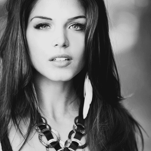 Marie Avgeropoulos Marie Blake Actress actress Marie Avgeropoulos currently