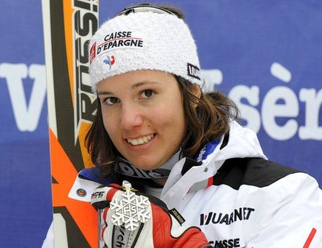 Marie Marchand-Arvier Val d39Isre Marie Marchand donne l39argent la France