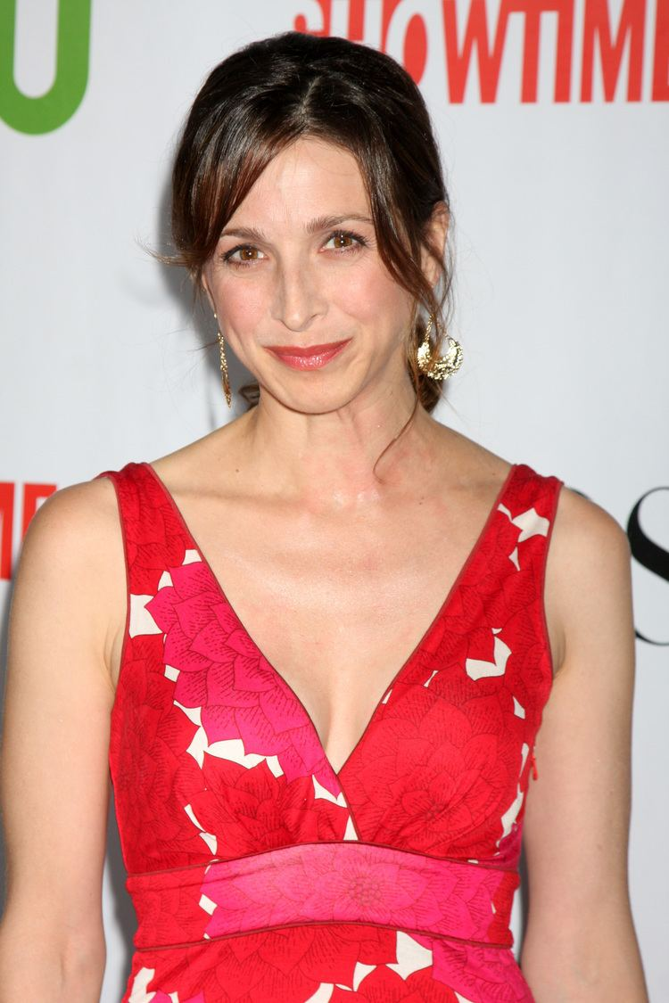 Marin Hinkle born March 23, 1966 (age 52) nudes (56 photos), Tits, Cleavage, Feet, braless 2006