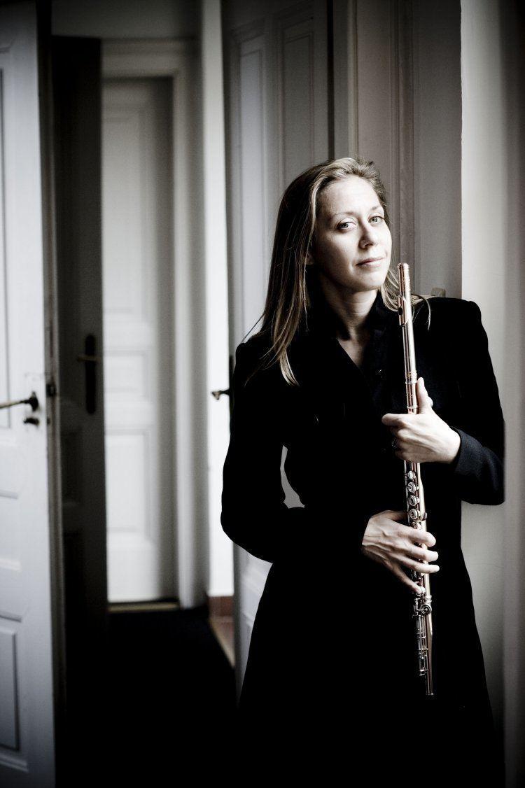 Marina Piccinini Marina Piccinini Flute Short Biography
