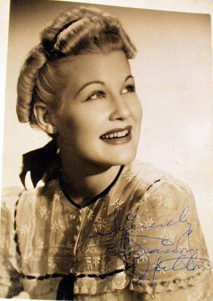 Marion Hutton 1053 MARION HUTTON Signed Photograph Glenn Miller Lot 1053