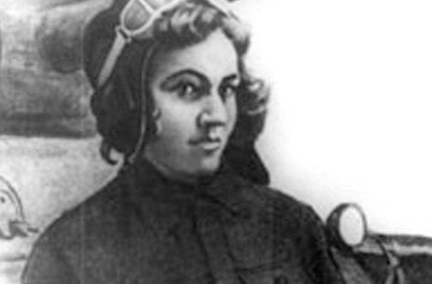 Mariya Oktyabrskaya AMAZING Nazis Killed Her Husband She Bought amp Drove a T