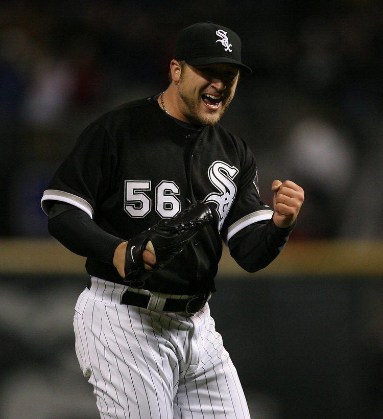 Mark Buehrle White Sox to retire Mark Buehrles No 56 Chicago Tribune