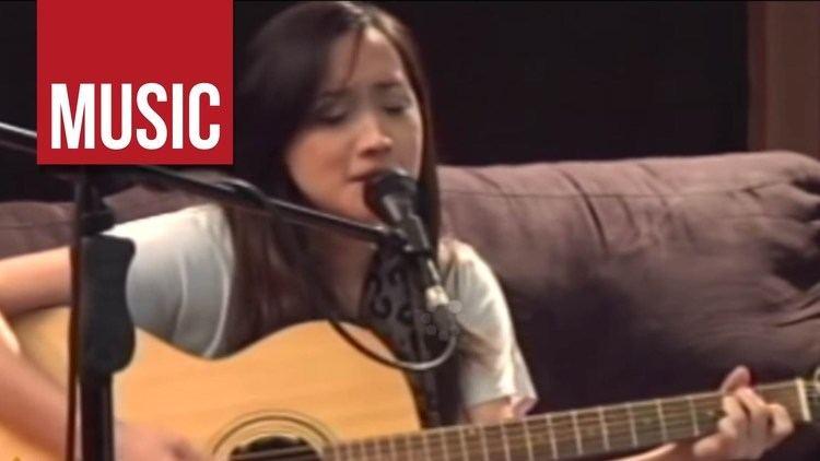 Mark Escueta Mark Escueta of Rivermaya feat Julianne Panahon na Naman Live