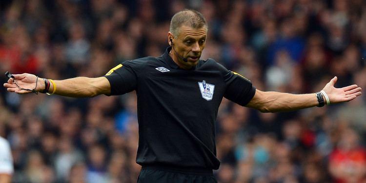 Mark Halsey Mark Halsey Says Premier League Refereeing Standards Aren