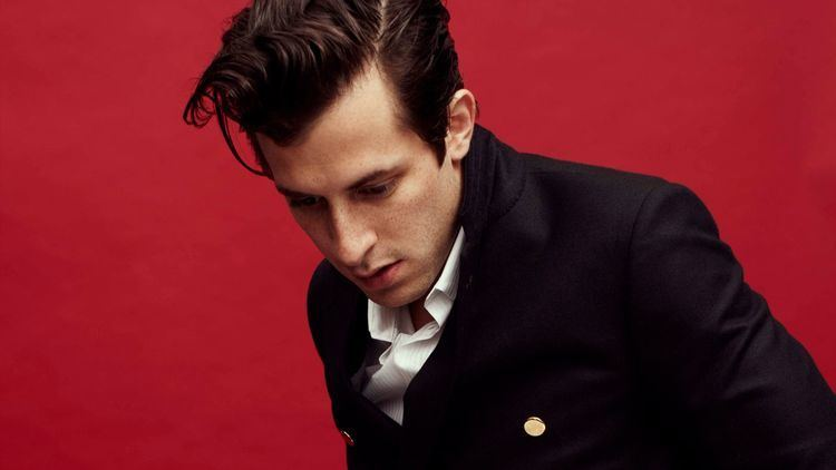 Mark Ronson Mark Ronson on Loving Steely Dan and Finding the Funk With