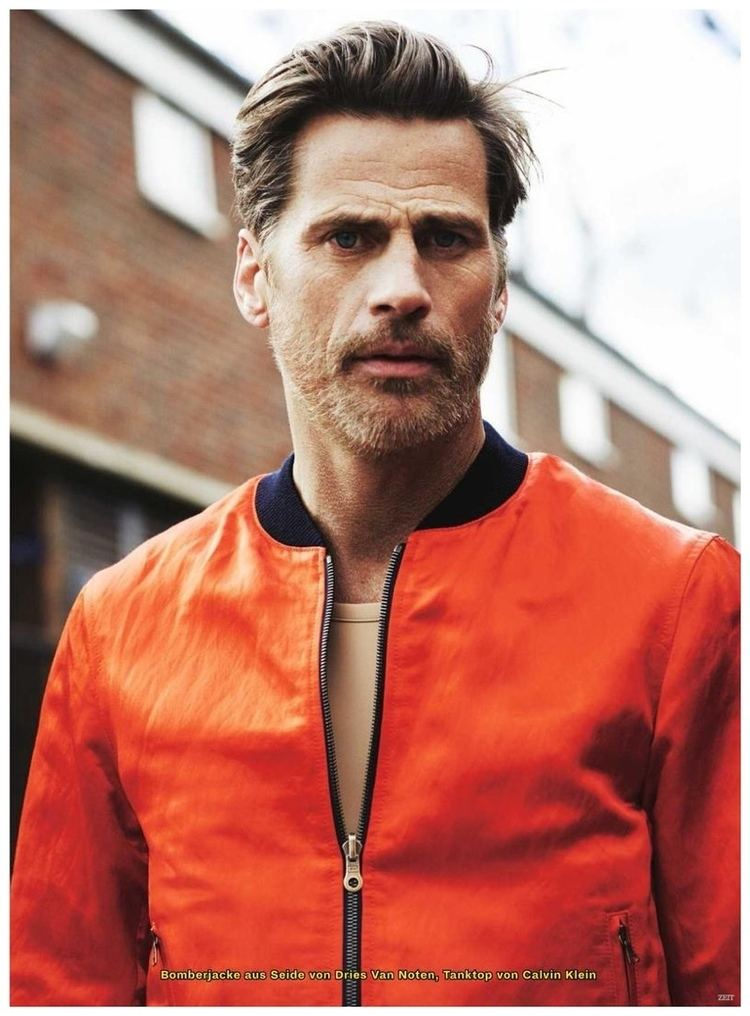 Mark Vanderloo Mark Vanderloo Models Pops of Color for Zeit Spring Fashion Editorial