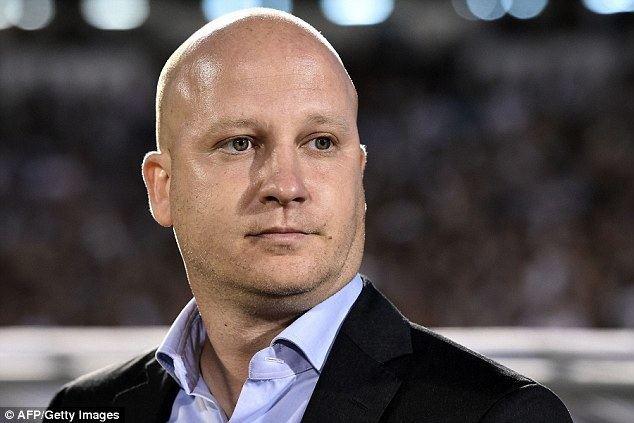 Marko Nikolić (football manager) idailymailcoukipix2016041818334C26BE0000