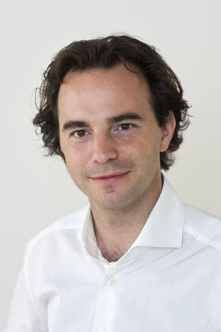 Markus Aspelmeyer American Physical Society elected physicist Markus Aspelmeyer as a