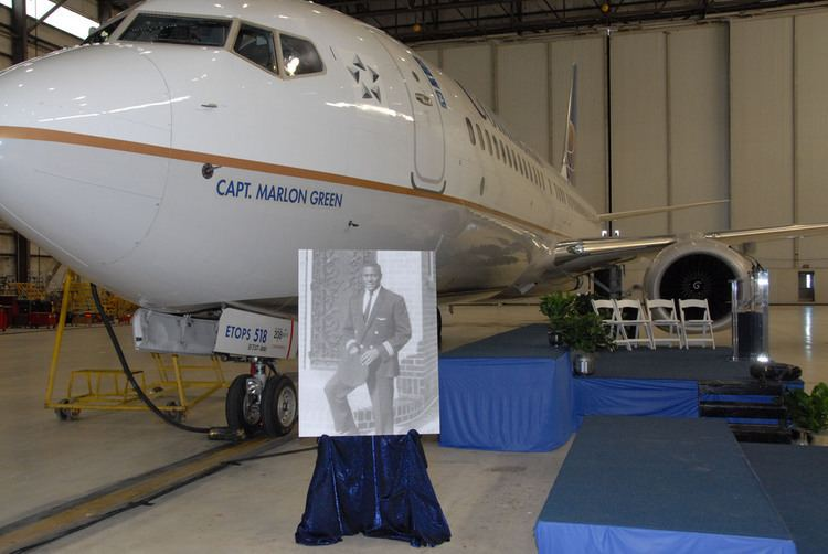 Marlon Green Continental Airlines honors its first black pilot by naming new 737