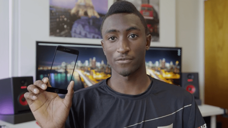 Marques Brownlee YouTube star Marques Brownlee reviews 39leaked39 iPhone 6