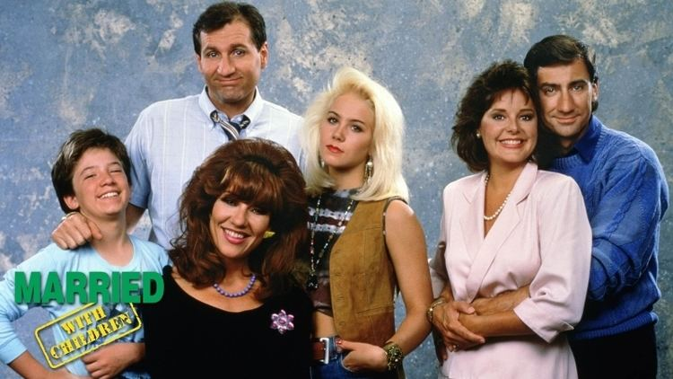 Married... with Children Watch Episodes of Married with Children on tbs