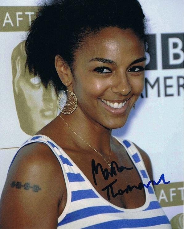 Marsha Thomason MARSHA THOMASON White Collar Babe AUTOGRAPH Signed 8x10