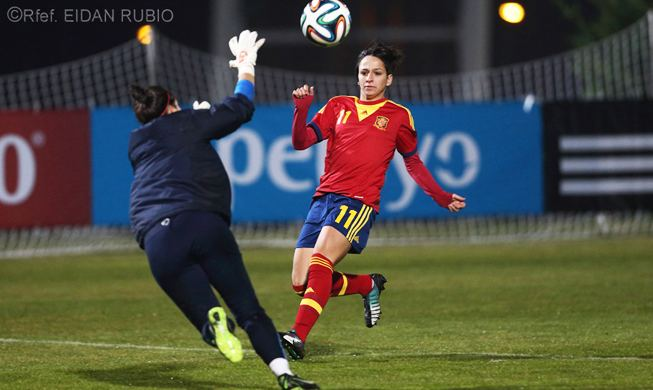 Marta Corredera Marta Corredera named player of the year SEFutbol