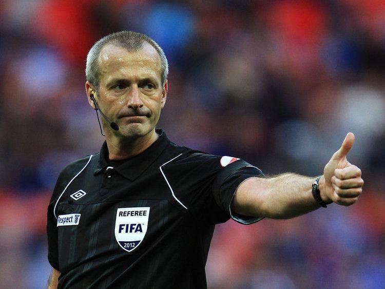 Martin Atkinson Premier League Referees April 5 6 amp 7 PLAY THE ADVANTAGE