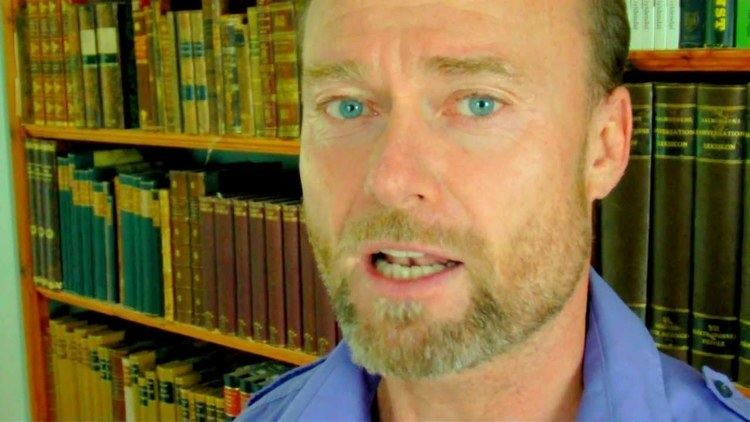 Martin Spang Olsen Verdens 7 kriser foredragsteaser af Martin Spang Olsen