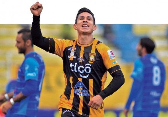 Marvin Bejarano Marvin Bejarano est recuperado y ser el lateral izquierdo Erbol