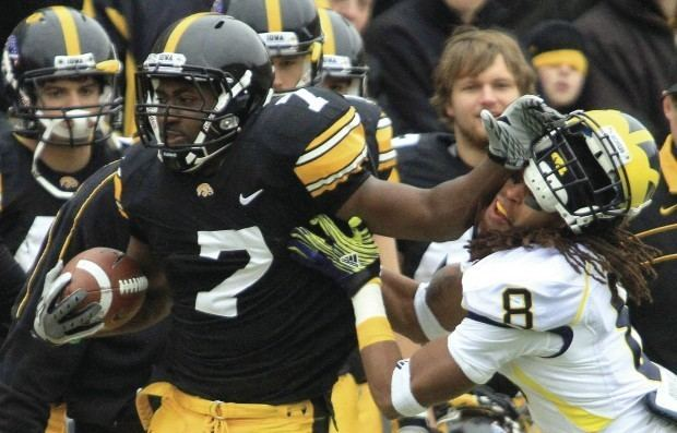 Marvin McNutt Former Hawkeye Marvin McNutt promoted by Eagles Iowa