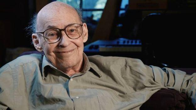 Marvin Minsky AI pioneer Marvin Minsky dies aged 88 BBC News