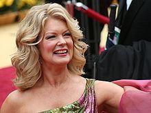Mary Hart httpsuploadwikimediaorgwikipediacommonsthu