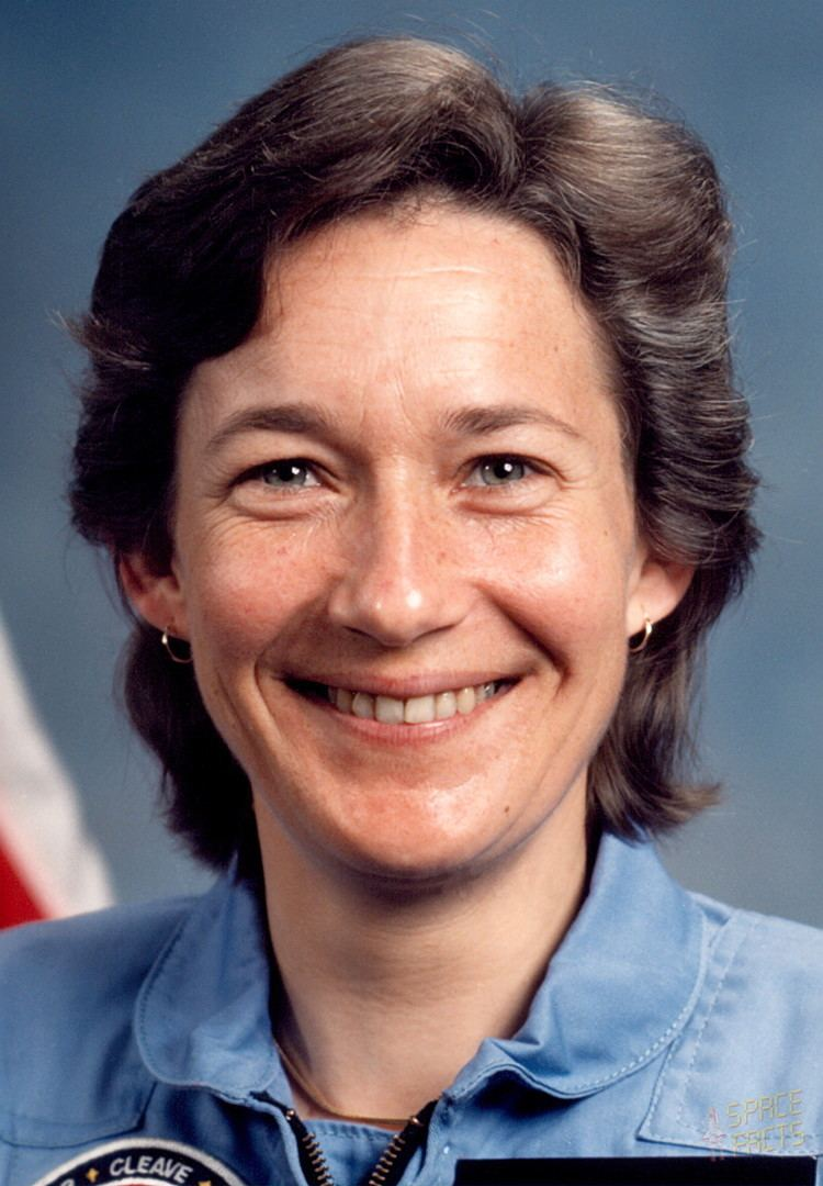 Mary L. Cleave wwwspacefactsdebiosportraitshiastronautscle