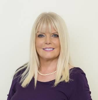 Mary Mitchell O'Connor No matter how hard you try you won39t get it right Independentie