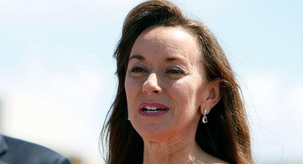 Mary Pawlenty Pawlenty39s wife to hit campaign trail POLITICO