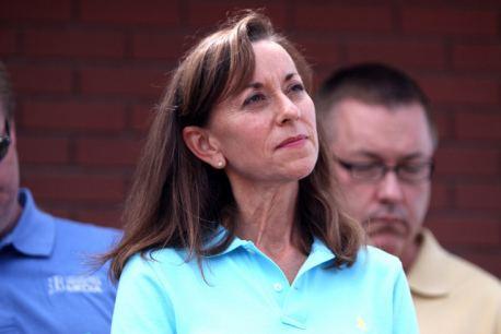 Mary Pawlenty Reports Mary Pawlenty might run for Kline39s congressional