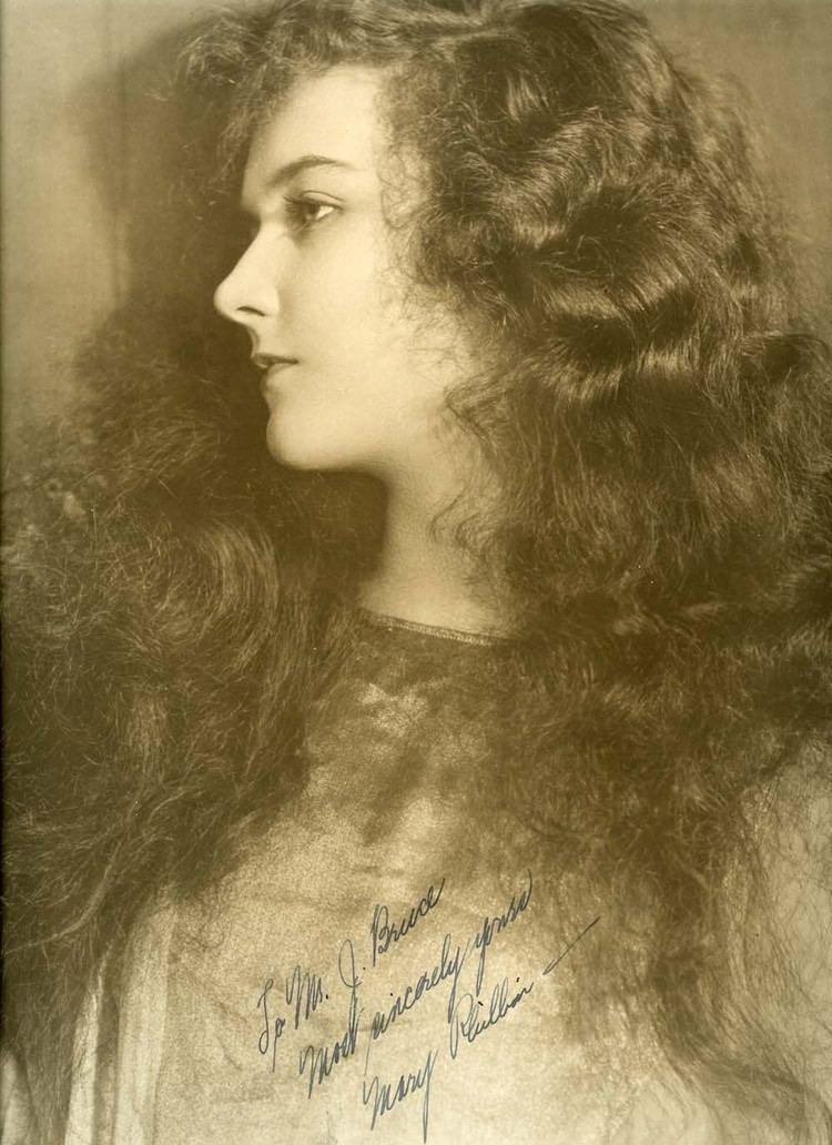 Mary Philbin Mary Philbin The Phantom of the Opera 1925 Autographed