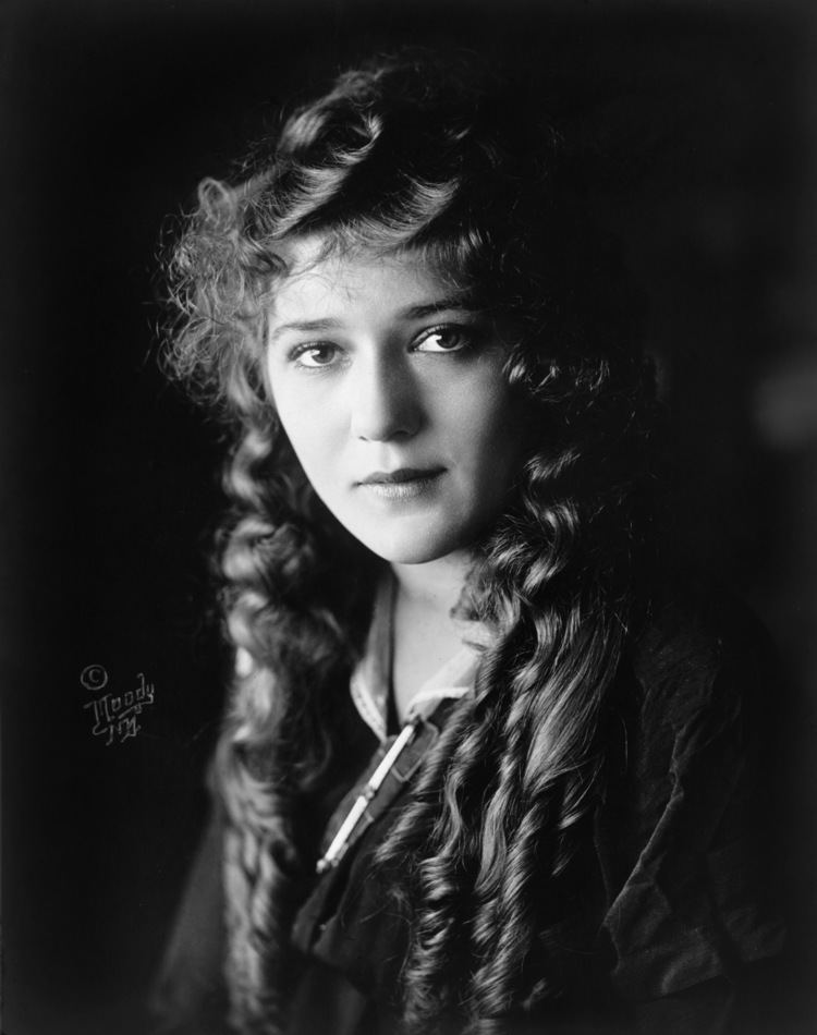 Mary Pickford This Day in History June 24th Pickford39s Million