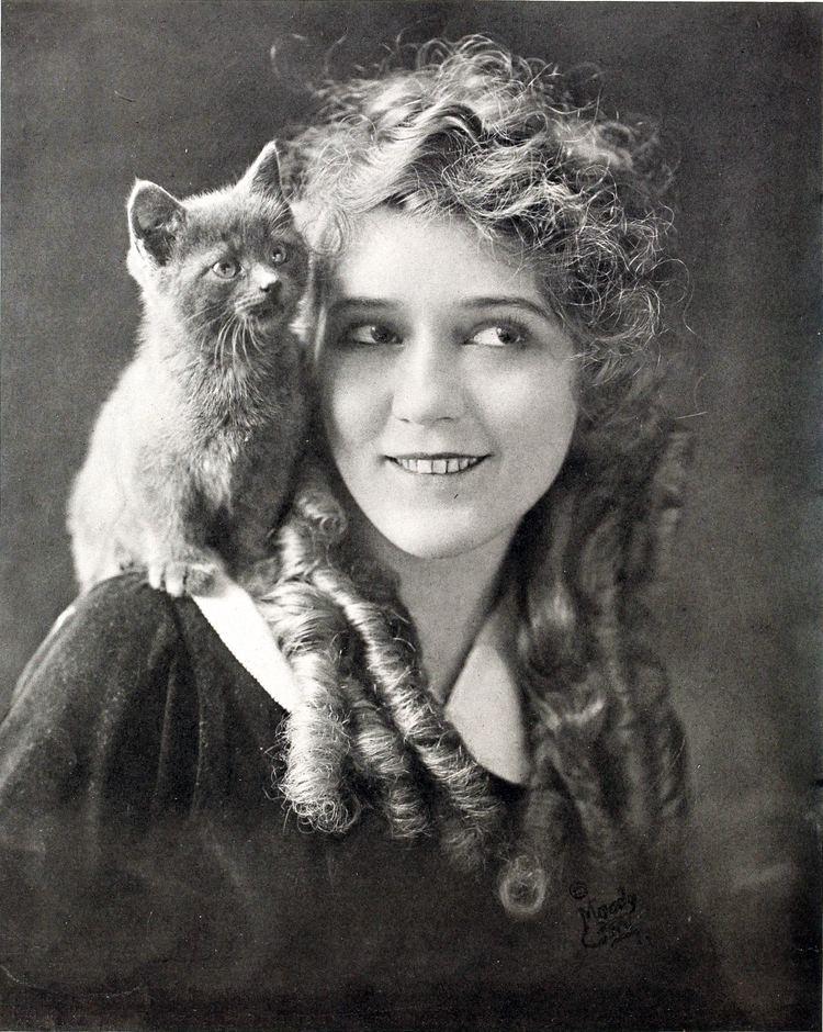 Mary Pickford Mary Pickford Wikipedia the free encyclopedia