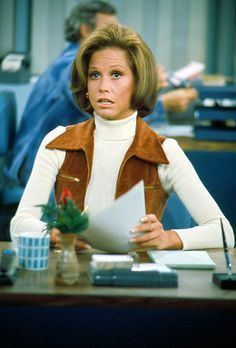 Mary Richards The 15 Most Iconic TV Wardrobes Style Bazaars and Now it