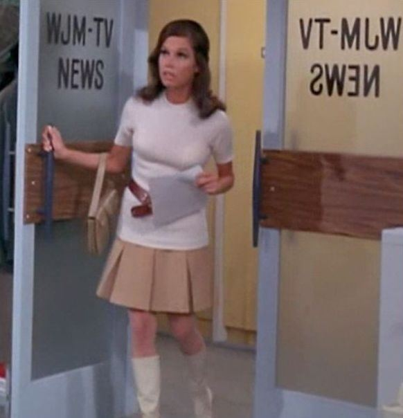 Mary Richards Everything I Know About Style I Learned From Mary Tyler Moore MTV