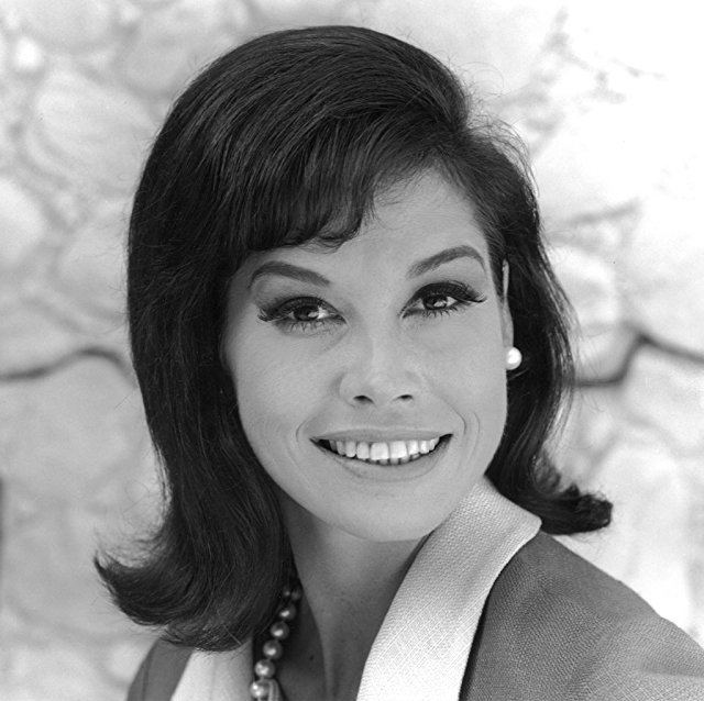 Mary Tyler Moore Pictures amp Photos of Mary Tyler Moore IMDb